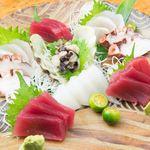 ぱやお - その日仕入れた新鮮な魚貝で刺し盛りも!