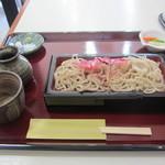 手打蕎麦かとう - 二色もり(二八・十割) 800円