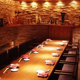 当店VIPルームは最大20名様までの完全個室です。