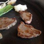 ぎゅーぎゅー亭 - あしきた牛のモモ肉♪(第一回投稿分⑤)