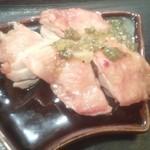 てしごとや ふくの鳥 - 鶏のオーブン焼きネギ塩ソース