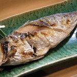竹はる - 絶品のアジの塩焼き