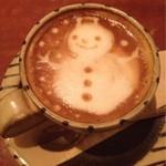 23004138 - カフェラテ。雪だるまが可愛い♡