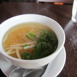 23005216 - 最初のスープは春雨スープとトムヤンクンが選べました、私は春雨スープをチョイスです。
