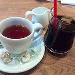 23006056 - 紅茶とコーヒー