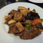 上海料理 飲茶 喬家柵 - 牛肉のオイスター炒め