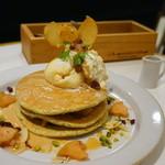 ジェイエス パンケーキ カフェ - アップルミルクティーパンケーキ