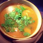 タイ呑み トレンディ - トムヤムクン(海老の酸っぱ辛いスープ)