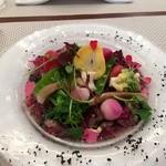 ビストロ ダイア - 蝦夷鹿のカルパッチオ、林檎ソース。美味しい野菜もタップリです。