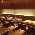 essence dining - 1階、禁煙席