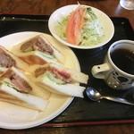 コーヒーレストラン ヴィラ 出雲 - ハンバーグサンドセット