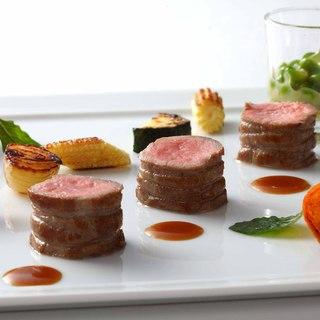 フランス料理の枠を超えた、ひらまつの新しい美食の世界