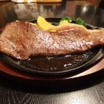 レストランぽてと - 黒毛和牛サーロインステーキ!霜降りです!