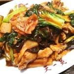 天一保 - 豚肉と揚げ豆腐のピリ辛炒め。本日の定食です。