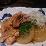 Iroriryouritonihonshusurofudohakobune - 【2013.12.4の日替わり】能登鶏と大根の煮物アップ