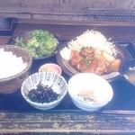 Iroriryouritonihonshusurofudohakobune - 【2013.12.11の日替わり】能登鶏の照り焼き定食 880円
