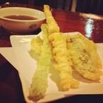 天ぷらふそう - 定食の天ぷらは二度に分けて運ばれます。アッツアツ嬉しいです☆ 定食はご飯もおかわり自由!