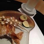 23041438 - 焼き物、姫鯛。稲穂を揚げた飾り付けに感動しました。