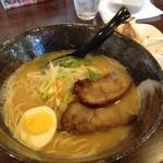 志 - 鶏白湯ラーメン