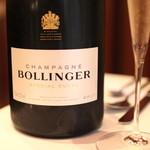 レストラン マノワ - Champagne  Bollinger  Special Cuvee  Brut (2013/12)