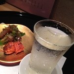 23041472 - 日本酒に合う、当てもサッと出してくれる心遣い!