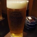 華 - 生ビールで乾杯。