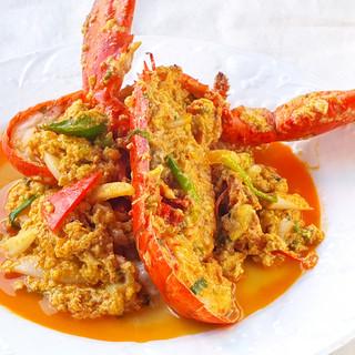 新メニュ!殻ごと食べられる蟹のパッポンカリー