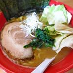 圭一屋 - ヤバイラーメン 濃厚豚骨醤油(並)700円