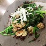 ボウズドア - 牡蠣とほうれん草