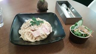 cafe juju - きのことベーコンの濃厚クリームパスタ♪