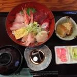 酒遊海鮮 おじま - 料理写真:海鮮丼