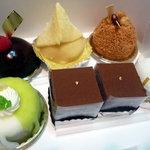 2305080 - ケーキ6種