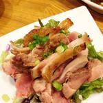 博多てんき屋 - 地鶏のたたき。