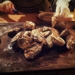 23059738 - 焼牡蠣