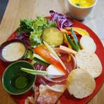 カフェオロビアンコ - 産直野菜のサラダランチ