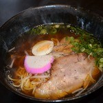 志 - チャーシュー麺