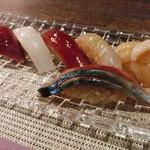 23063285 - 関鯵、帆立、鮪赤身、鮪中トロ、いか、鯛