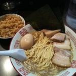 中華ソバ 伊吹 - 料理写真:大盛中華ソバ+豚増し+味玉+炊き込みご飯