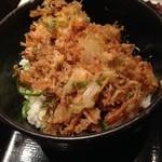 23073284 - 野菜と小エビのかき揚げ丼