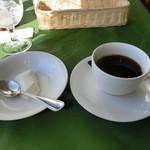 レストラン・ラグーン - デザートのババロアとコーヒー