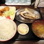 大厚岸 - 牡蠣御膳