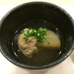 横浜のすし勘 - 料理写真:お通し(つみれと大根)