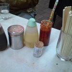 珍々軒 - テーブルセット