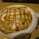 NEW YORKER'S Cafe - Caramel Vanilla Cappuccino Medium(370円)