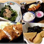 23085966 - チキンカツ定食(¥500)。ご飯は大盛りバージョンです。でかっ!