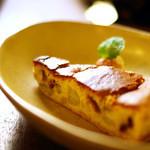 クワランカ カフェ - バナナとイチジクのチーズケーキ