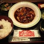 名古屋名物 名古屋丸八食堂 - 平日限定日替わり定食(800円)