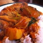炭焼き屋 西麻布本店 - スリランカ石鍋チキンカレー