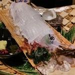 Sakanaichiba - ◆活イカ姿造り