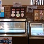 ヴォーノ・イタリア - ドルチェバーのアイスは、ハーゲンダッツ3種・ブルーシールアイス7種・グラシオアイス9種で合計19種類ご用意しております。